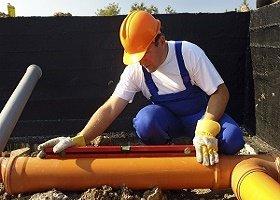 Монтаж канализации по уровню