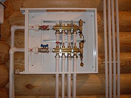 Монтаж труб системы отопления в квартире